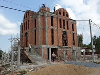 Sihanoukville church build 200